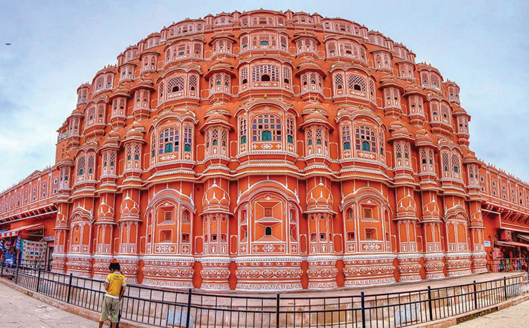 Golden Triangle with Tiger Safari (4N | 5D) Agra-Ranthambore-Jaipur