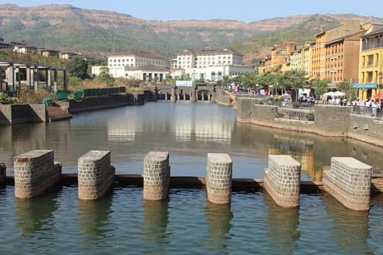 Same Day Pune-Lavasa Tour Package